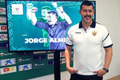 El argentino Jorge Almirón es el entrenador del Elche CF (EFE)