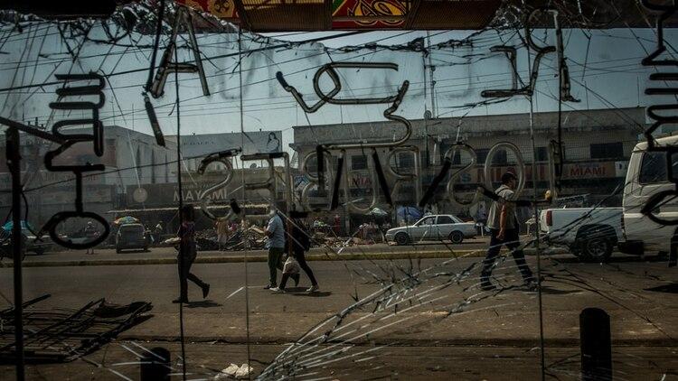 Una tienda de Maracaibo, luego de los saqueos (Meridith Kohut para The New York Times)