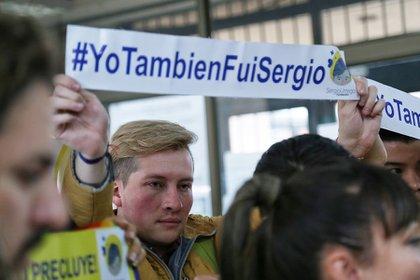 Bogotá, 14 de febrero de 2020. Alba Lucía Reyes, madre de Sergio Urrego (qepd), habla sobre el inicio del juicio en contra de Azucena Castillo, exrectora del colegio Gimnasio Campestre de Bogotá. (Colprensa – Camila Díaz).