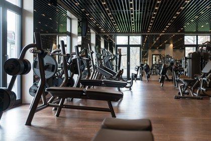 En algunas zonas del país, los gimnasios podrán reabrir desde la primera semana de junio (Foto: Shutterstock)
