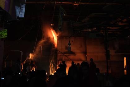 El incendio dejo 1,500 puestos destruidos (Foto: Cuartoscuro)