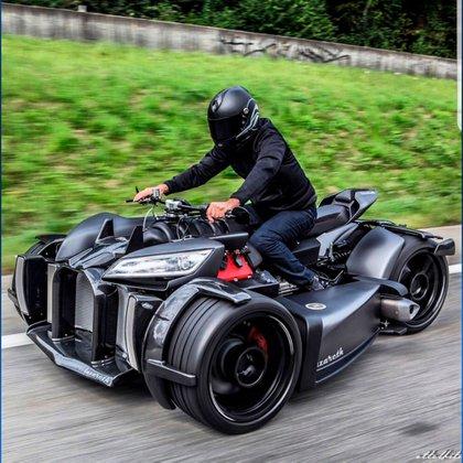 Wazuma, el cuatriciclo que también lleva motor V8.