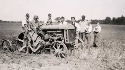 Ford creía que el campo podía generar materiales y combustibles para la industria automotriz. Tan equivocado no estaba...