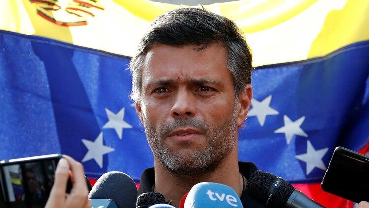 Leopoldo López (REUTERS/Carlos Garcia Rawlins)