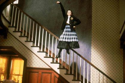 """Winona Ryder en una escena de """"Beetlejuice"""", en 1988 (Shutterstock)"""