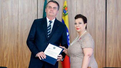 Jair Bolsonaro junto a María Teresa Belandria (EFE)