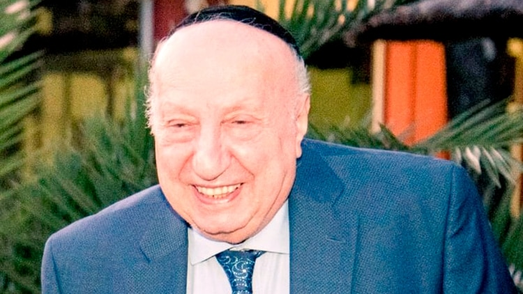 Roberto Yabra, padre de Gabriel, también falleció por Covid-19 (@EliahuHamra)