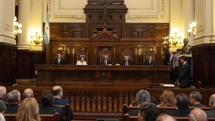 Los integrantes del máximo tribunal