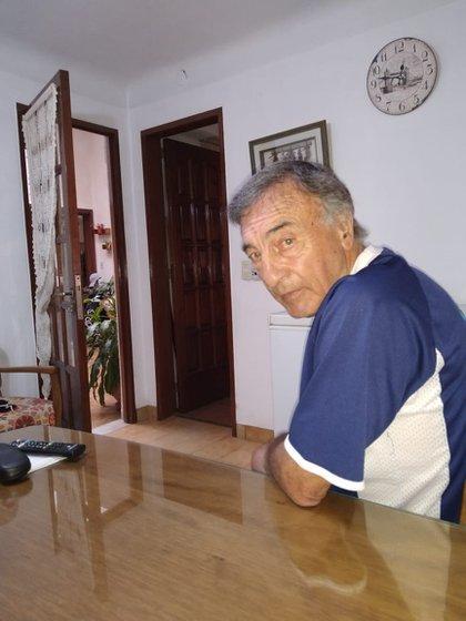 Roberto Rogel, a quien le habrían cometido la falta no cobrada y que desencadenó la batalla campal, recordó ante Infobae esa noche oscura del deporte latinoamericano.