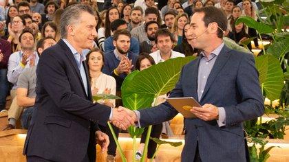 Macri y Galperin, en la inauguración del nuevo edificio de la empresa, en junio pasado (Mercado Libre)