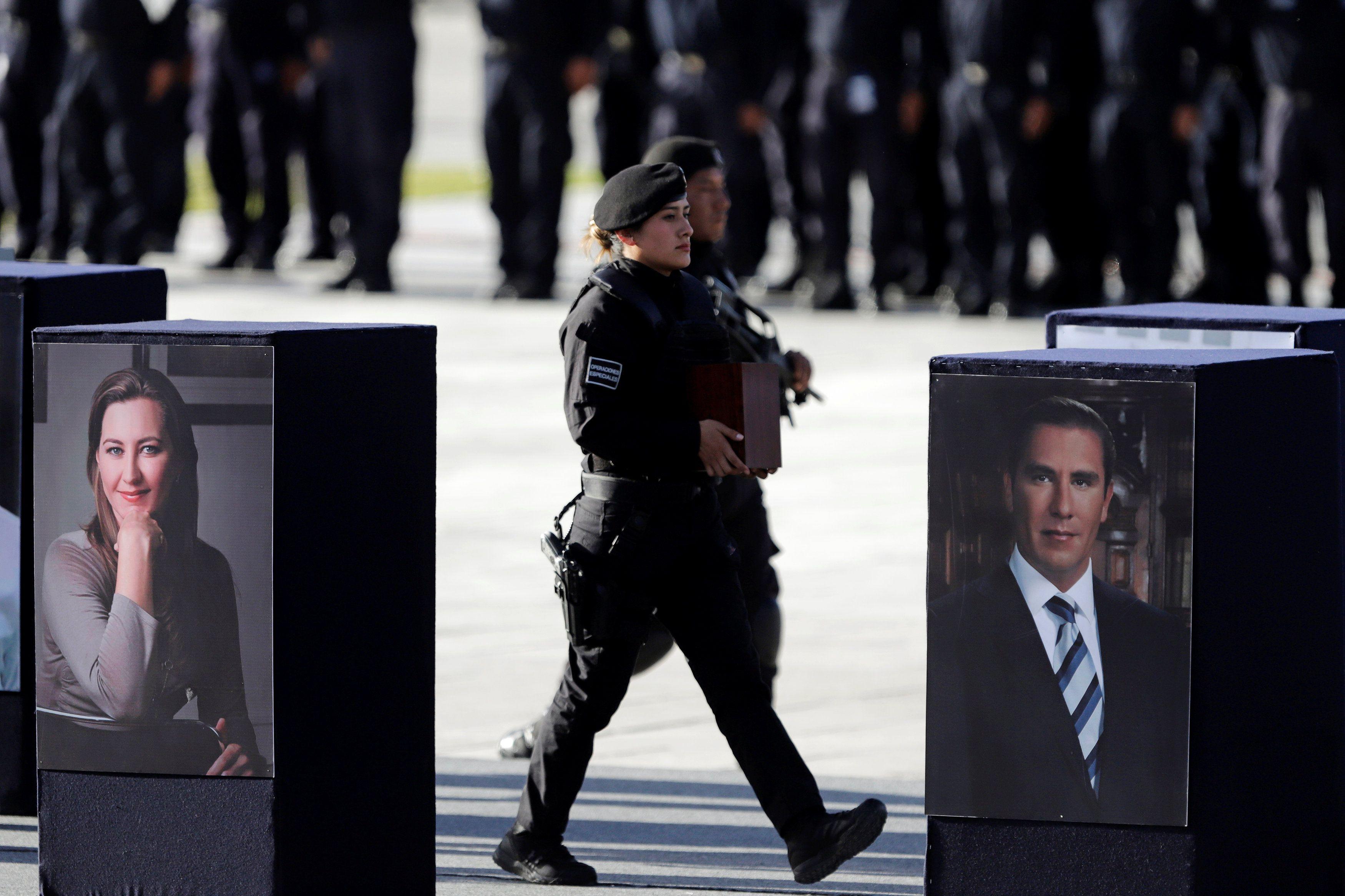 El 24 de diciembre perecieron Martha Érika Alonso, gobernadora de Puebla, y su esposo el senador Rafael Moreno Valle, al desplomarse un helicóptero (Foto: REUTERS)
