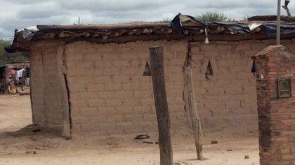 Salta es la provincia con mayor población indígena (6,5%), la mayoría wichi, que habita desperdigada en zonas rurales y sobrevive con la venta de carbón y artesanías.