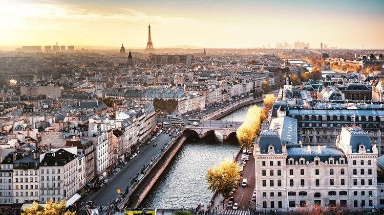 la capital francesa no sólo se sitúa como la segunda ciudad más fotografiada de Europa sino que, además, presume de tener la atracción turística con más instantáneas: la Torre Eiffel (Getty)