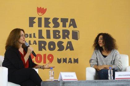 Leila mencionó que la crónica es la reina del detalle y del contexto (Foto: Fernando Guarneros)