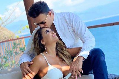 Ninel Conde negó que esté embarazada de su nuevo novio (IG: ninelconde)