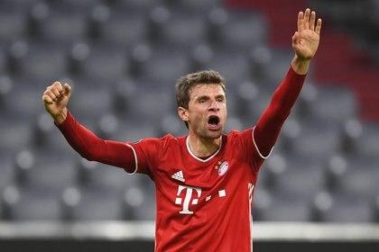 Müller celebra el segundo gol del Bayern ante el Aleti. En el fragor del duelo, fustigó a su rival (Reuters/ Andreas Gebert)
