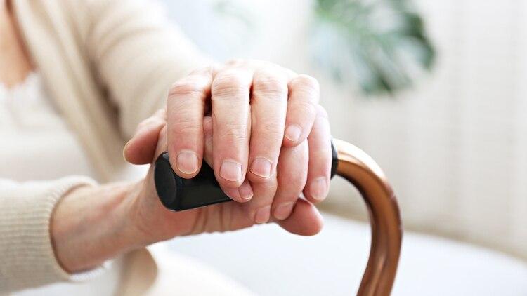 Retrasar la aparición de la patología, aunque sea unos años, supondría un aumento en la calidad de vida de los enfermos (Shutterstock)