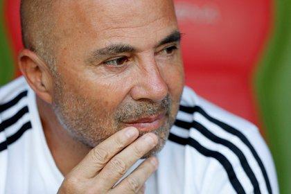 Una nueva experiencia en Europa para Sampaoli, que ya había dirigido al Sevilla español (REUTERS/Carlos Garcia Rawlins)