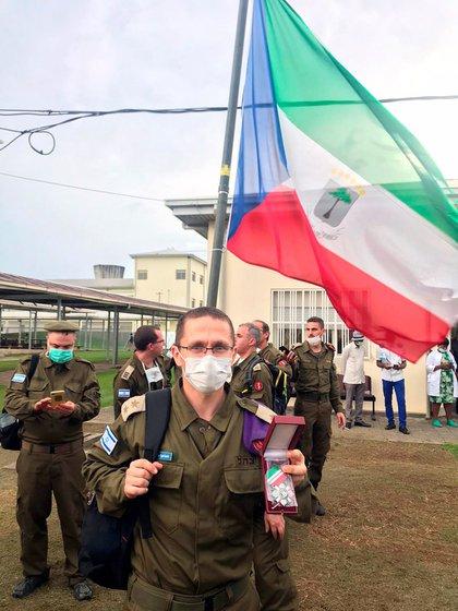 El teniente coronel Yigal Checnick, a su llegada a Guinea Ecuatorial