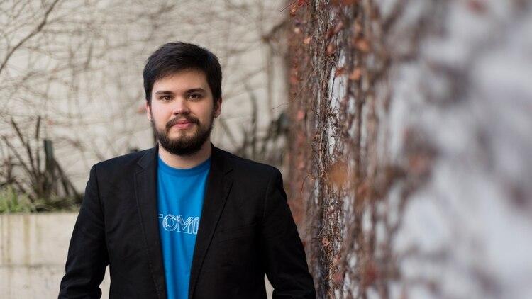 Tubaro comenzó con sus inventos cuando tenía 16 años (Adrián Escandar)