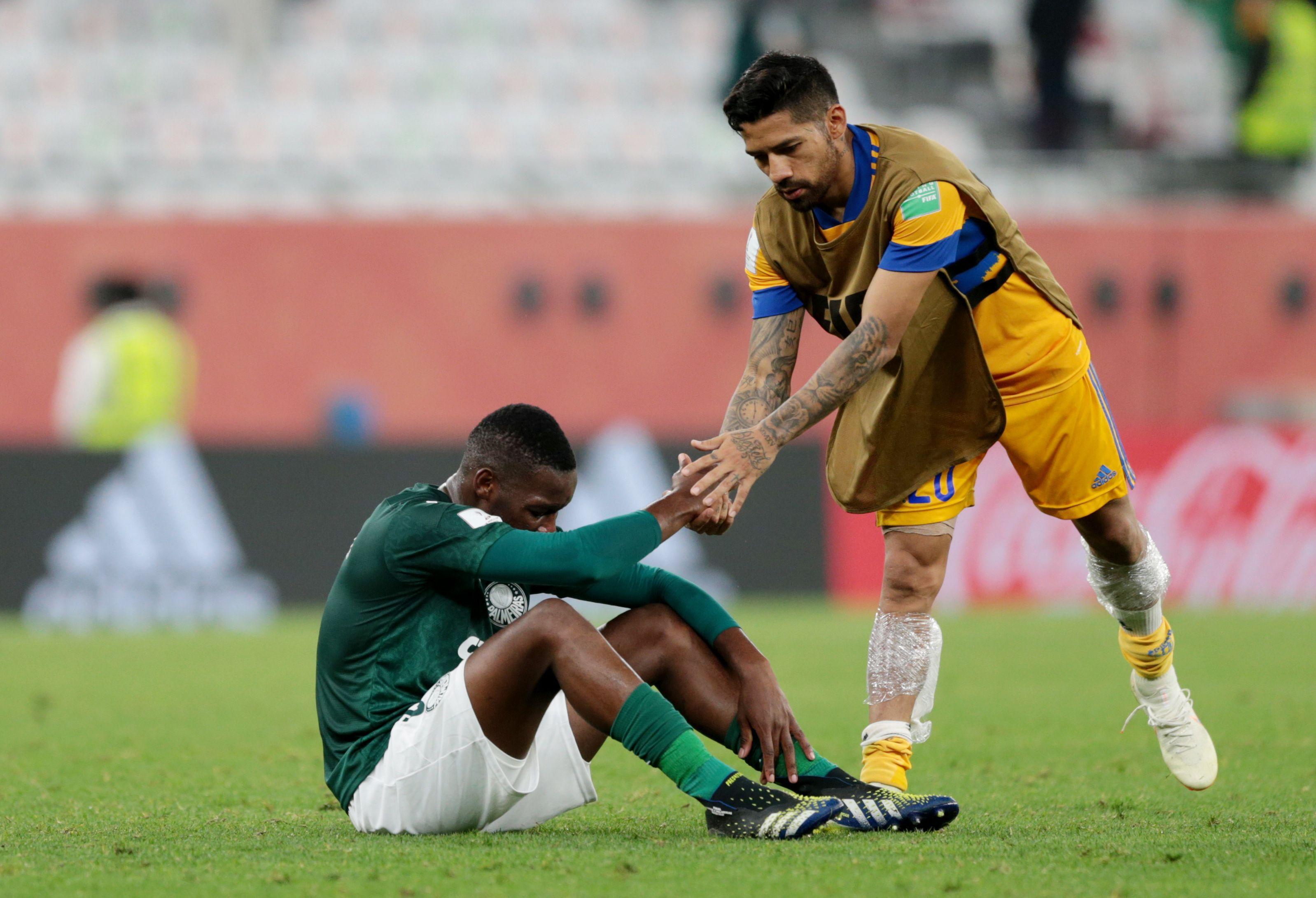La decepción de Patrick de Paula, de Palmeiras, tras la caída ante Tigres de México (REUTERS/Mohammed Dabbous)