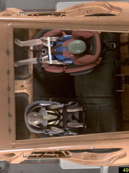 Dúas cadeiras que recibiron unha estrela e a forma en que se movían dentro do pasaxeiro (Pesri)