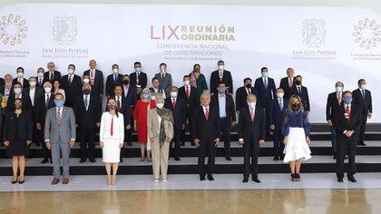 Fotografía panorámica del presidente Andrés Manuel López Obrador, durante la LIX Reunión Ordinaria de la Conferencia Nacional de Gobernadores en San Luis Potosí (Foto: EFE/Presidencia de México)