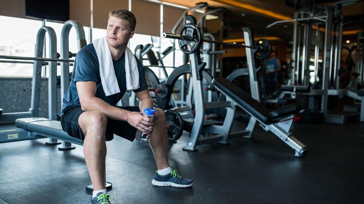 28050f3a7d5bc ¿Qué ejercicio es el más adecuado para trabajar cada músculo en el gimnasio   - Infobae