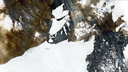 Imágenes satelitales del glaciar en el noreste de Groenlandia (AFP)