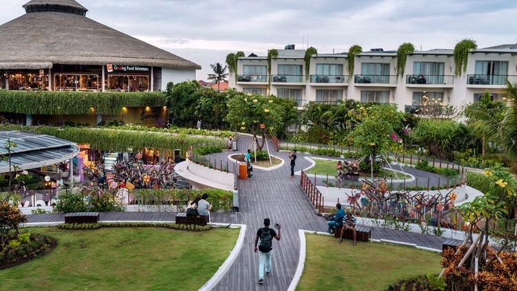 Un centro comercial cerca de la playa Kuta de Bali (Adam Dean para The New York Times)