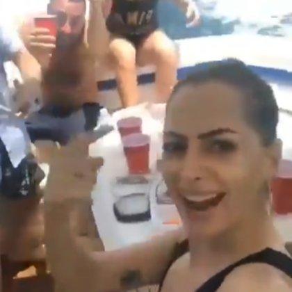 La influencer YosStop denunció agresiones en un yate en Cancún (Foto: Captura de pantalla)
