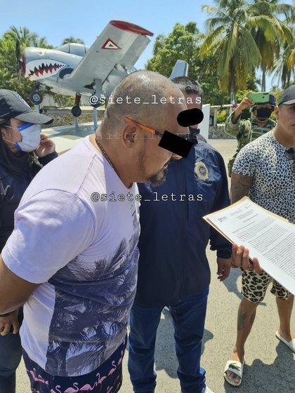 Como vacacionista fue enterado de sus derechos (Foto: Twitter@siete_letras)