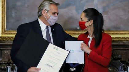 Alberto Fernández fue reconocido como huésped distinguido de la CDMX (Foto: Twitter / Gob de la CDMX)