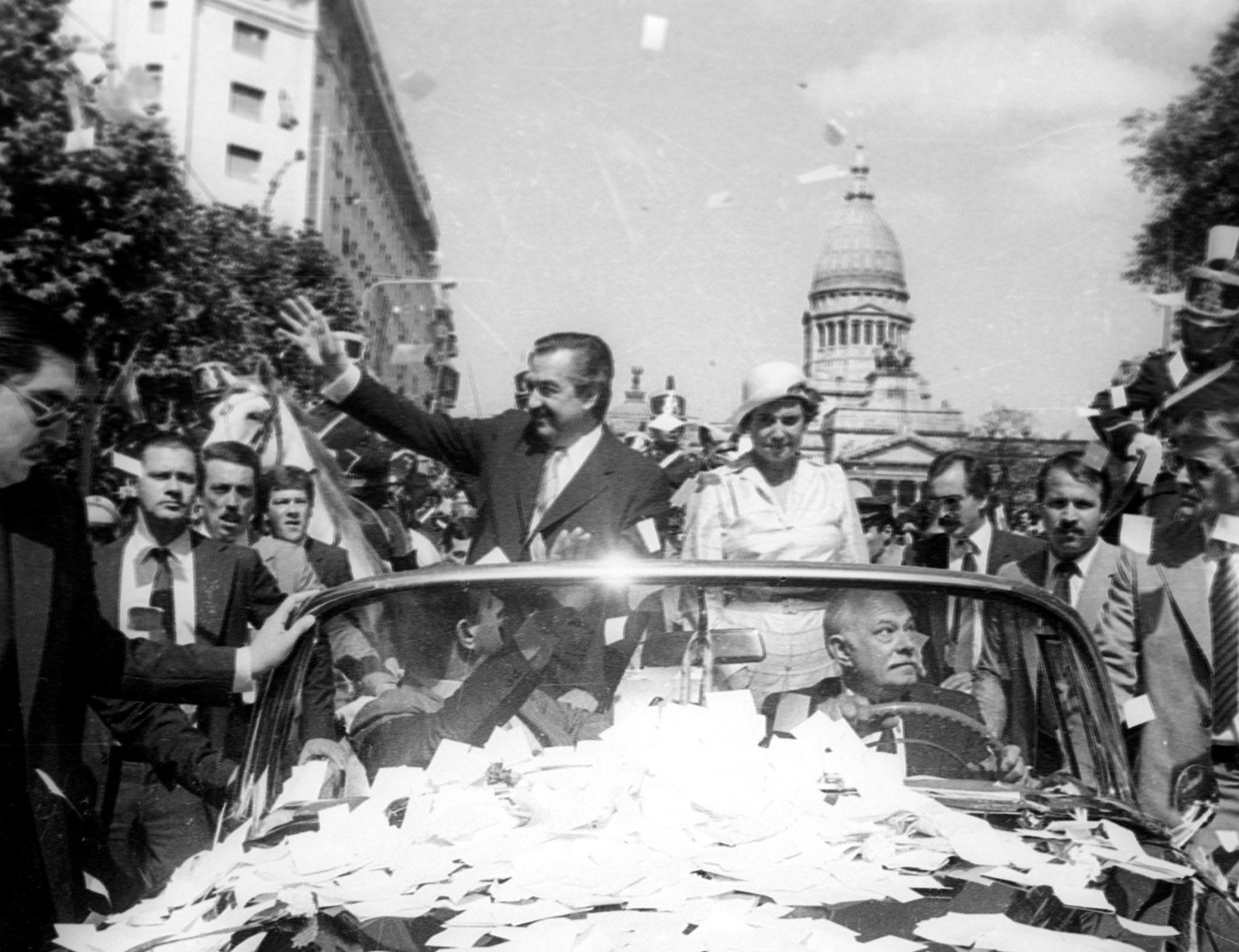 1983. Asunción Presidencial de Raúl Alfonsín