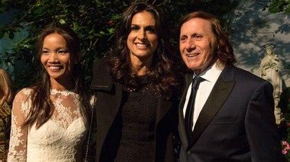 Gabriela Sabatini con Guillermo Vilas y su esposa, en un encuentro de hace dos años. Dos de los grandes apellidos de la popularización del tenis en la Argentina, más allá de la trascendencia a nivel mundial.