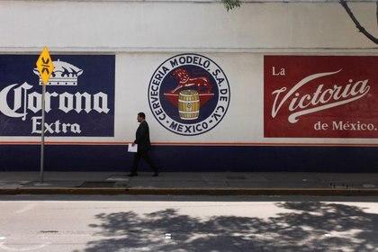 Ninguna empresa cervecera nacional ha confirmado el regreso de sus actividades (Foto: Edgard Garrido/ Reuters)