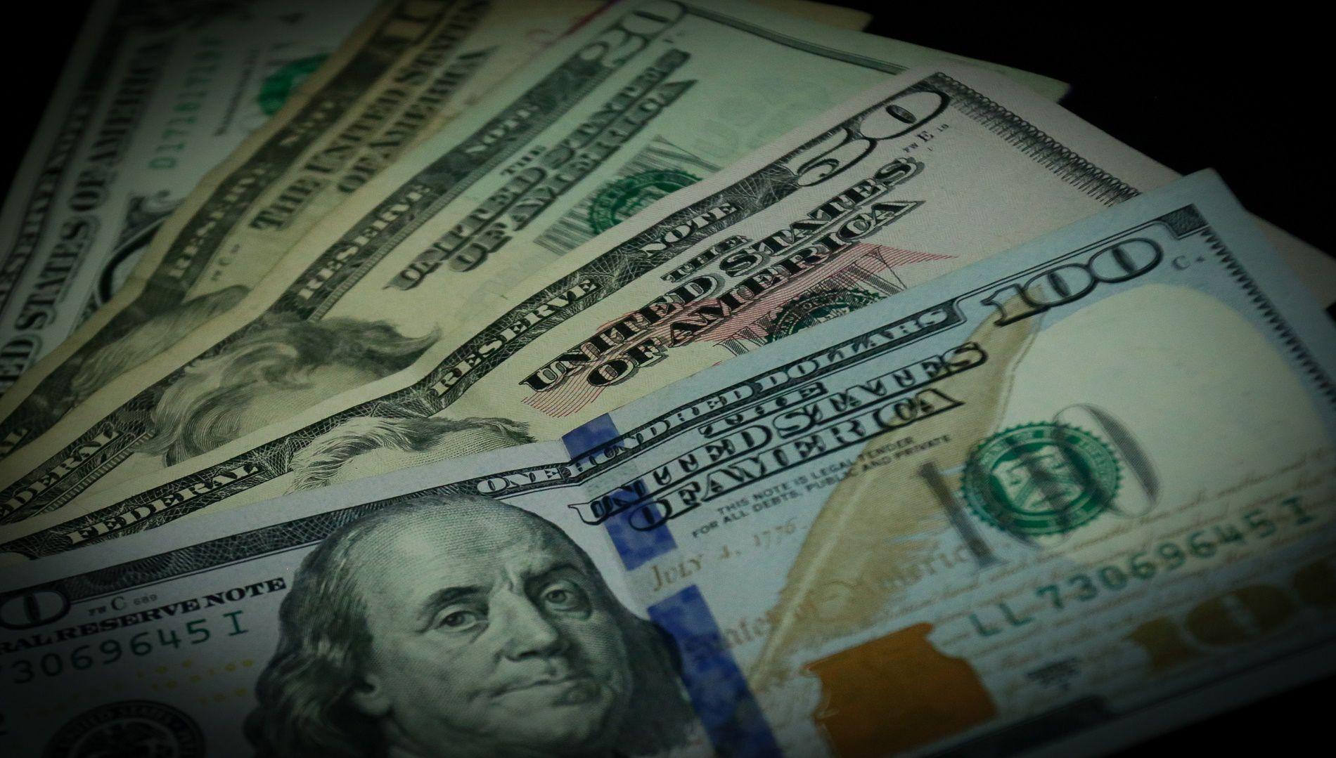 Dólar apreciado a 3.800 en Colombia