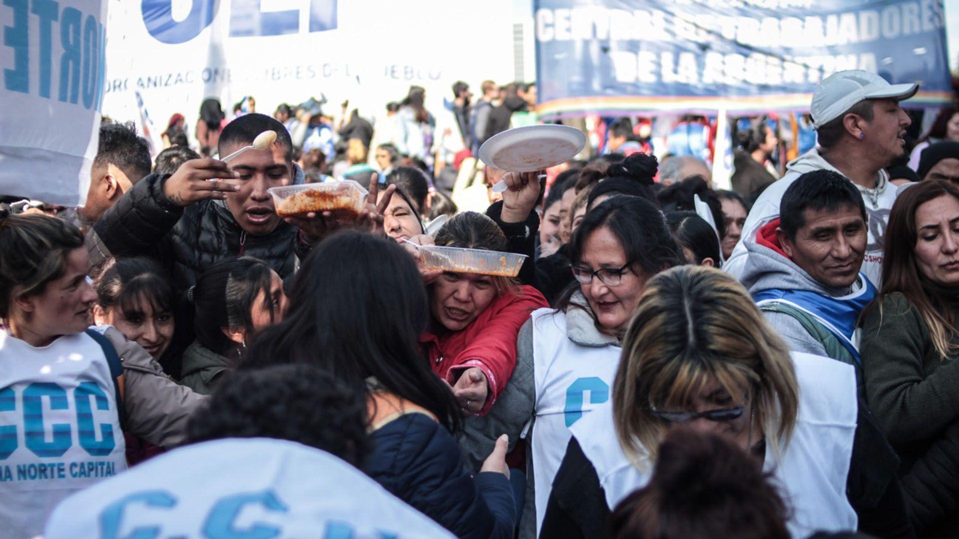 Los movimientos sociales forman parte de la protesta de este jueves