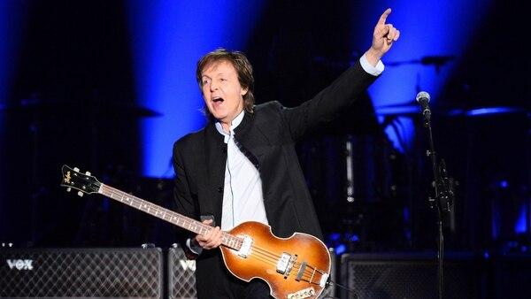 Paul McCartney reconoció su rivalidad con John Lennon (AFP)