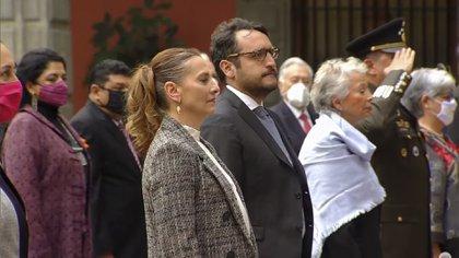 Beatriz Gutiérrez Müller y Andrés Manuel López Beltrán  (Foto: Captura de pantalla)
