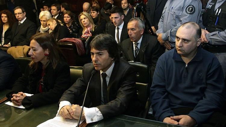 El juicio: Mangeri en el banquillo, la familia de Ángeles y la fiscal del caso detrás. Opatowski declaró como testigo, pero evitó las audiencias (DyN)