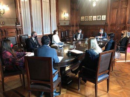 La reunión de la Cámara Nacional Electoral con las autoridades del Correo Argentina y de la DINE (Foto: Cámara Nacional Electoral)