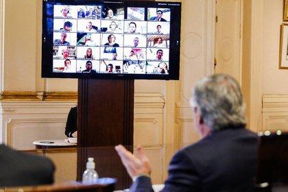 Fernández en la conferencia con los representantes de empresas tech (Presidencia)