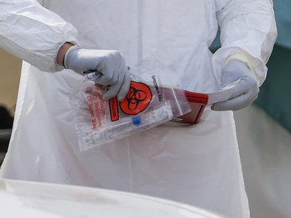 """The test from the US manufacturer Lucira Health received an authorization for emergency use, the FDA said in a statement, where it noted that it is for single use and is """"aimed at detecting the new coronavirus SARS-CoV-2 that causes covid-19"""".  EFE / TANNEN MAURY / Archive"""