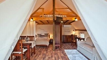 El glamping es una opción de turismo sustentable pero a su vez súper confortable.