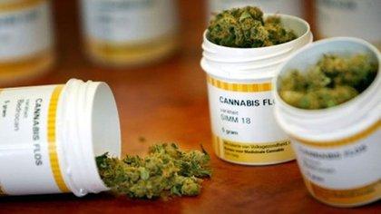 La legalización o el uso medicinal de la marihuana podría haber confundido a la embarazadas sobre los riesgos de su consumo durante la gestación.(Istock)