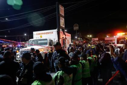 Sólo quedan cuatro personas lesionadas por el choque (Foto: Luis Cortes/ Reuters)