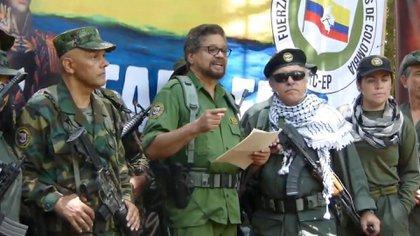 Jefes guerrilleros de las FARC que regresaron a las armas