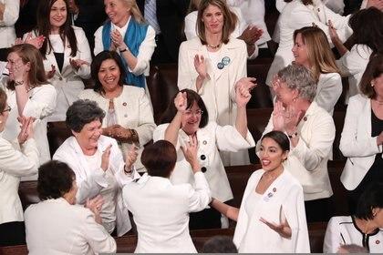El Partido Demócrata retomó el control de la Cámara de Representantes, con la mayor cifra de congresistas mujeres en la historia