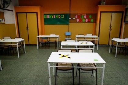 Un aula vacía en una escuela de Buenos Aires